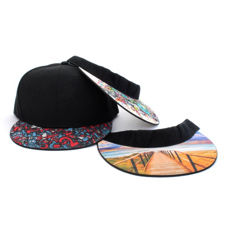 Cap with customizable visor