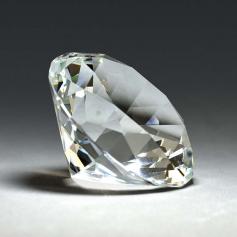 Riverside Diamond Paperweight