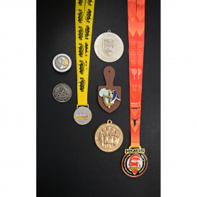 medalla-y-papel